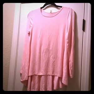 HA TDNO Tops - Pink long sleeve shirt with bow detail in back